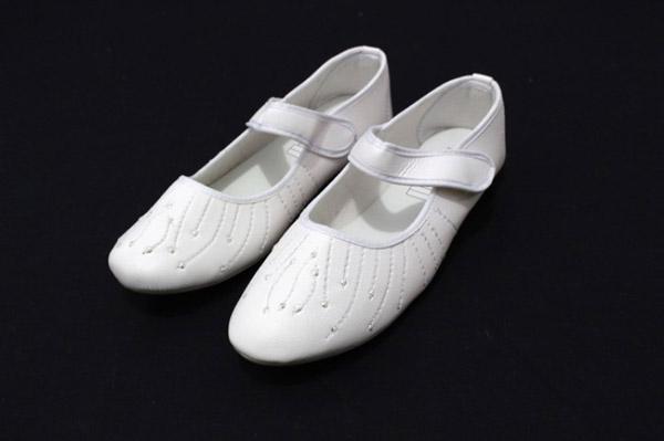 Tips memilih sepatu umroh wanita